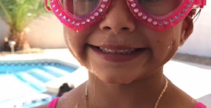 How to Protect Your Eyes in the Pool